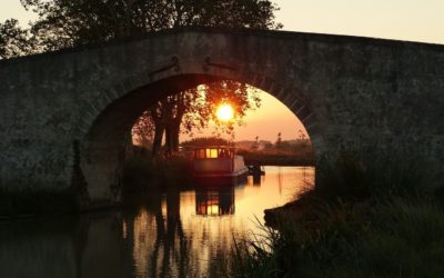 Au fil de l'eau, le canal du Midi à vélo !