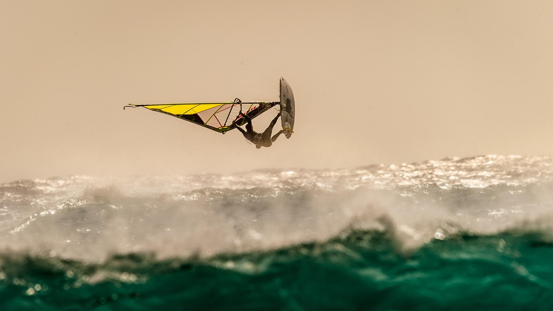 Faites Le Plein De Sensations A Leucate Avec Le Windsurf Delta Magazine